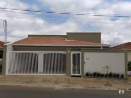 Casa para Venda em Olímpia, Vila Nova, 3 dormitórios, 1 suíte, 2 banheiros, 2 vagas