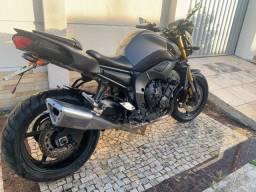 Yamaha FZ8 moto exclusiva !!!