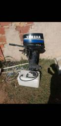 Motor de popa yamaha 25hp revisado...so pegar e andar
