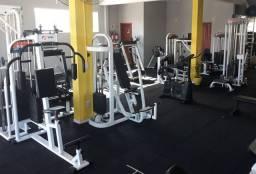 Sociedade em Academia de Musculação
