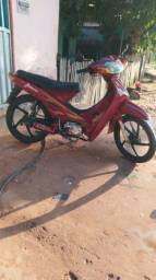 Vendo moto Shineray top