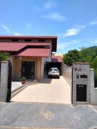 Vendo excelente casa em Indaial (bairro do Sol) bem localizada