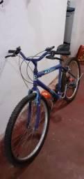 Eu vendo duas bicicletas de marchas *