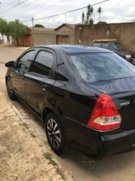 Etios 2014 1.5 sedan
