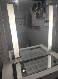 Penteadeira com espelho d LED