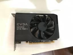 Placa de Vídeo - GTX 750TI Usada (3 anos) 100% inteira, nenhum defeito
