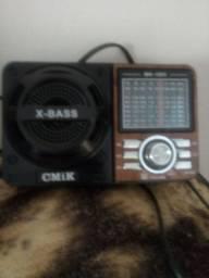 Radio.  Funciona.  Troca antena