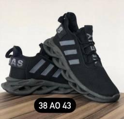 Adidas Maverick