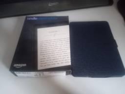 Kindle Paperwhite (com iluminação) 4gb e capa de couro - Impecável