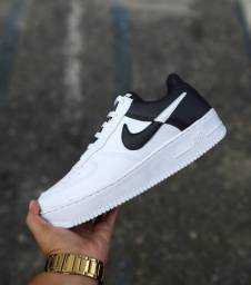 Nike Air duas cores
