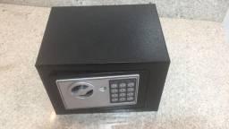 Cofre digital eletrônico c senha e chaveaço23x17cm.