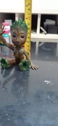 Baby Groot miniatura