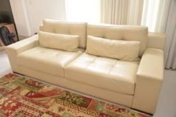 Sofá em couro - 3 lugares