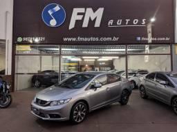 Honda Civic LXR 2.0 Flex - Completo, bancos em couro, sem detalhes