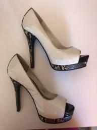 Sapato alto 34