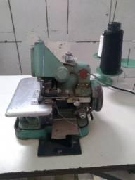 Máquina de costura Overloque Chinesinha
