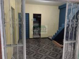 Casa com 6 quartos para alugar, 270 m² por R$ 2.200/mês - Cidade Nova