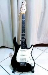Guitarra Peavey Stratocaster - Regulada c/ Cordas Novas