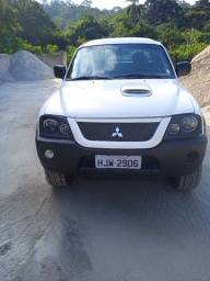 L200 outdoor 2010 completa aceito carro como parte de pagamento  que seja completo
