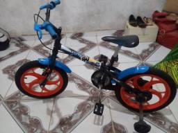 Bicicleta caloi infantil para menino!