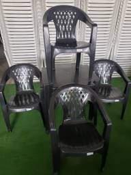 Jogo de Mesa com Cadeira Plastica