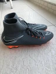 Chuteira Nike HyperVenom PHANTOM 3 (Cano Alto)