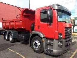 Caminhão 24250 caçamba
