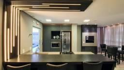 Apartamento novo 3 suítes 3 vagas de garagem Meia Praia