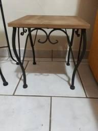mesa de canto importada