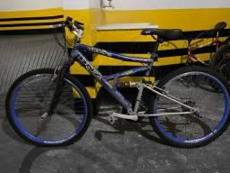 Título do anúncio: Bicicleta necessitando reparo, mas muito boa