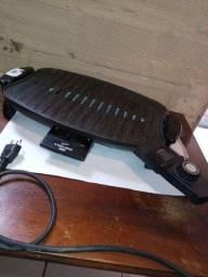 Assadeira Black & Decker 220v usada