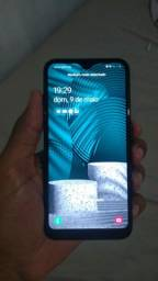 Samsung A01 R$ 400,00 semi novo