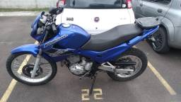 Vendo / Troco Moto Falcon 2003