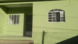 Aluga-se uma casa na Aldeia da Prata