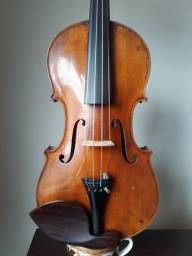 Violino alemão antigo