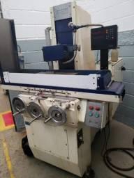 Retífica Plana Automática com digital curso 140mm x 360mm e placa magnética 130mm x 300mm