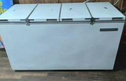 1 freezer horizontal e 1 expositor