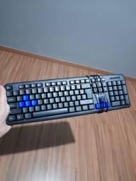 Teclado da kTS mais mouse