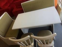 Mesa com bancos e cadeiras ENTREGO