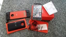 Troco Moto z2 play 64g, por iPhone 6s plus