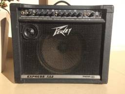 Amplificador Peavey Express 112, para guitarra