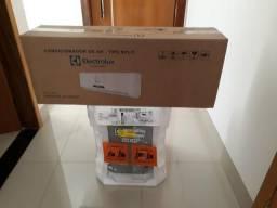 Ar Condicionado Split Electrolux 12000 Btus (Novo, na caixa)