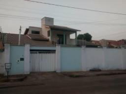 Alugo Casa em Gurupi- Jd.Tropical (Próximo ao SESI)