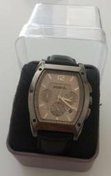 09702562ad7 Relógio Fossil Importado - Excelente estado - Novíssimo - Social e Pulseira  Couro