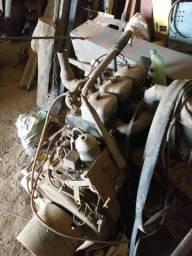 Motor mwm 3cilindro com bomba 15 e canos