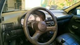 Corsa Hatch 2000 - 1.6 Hp - 8 V - Ótimo estado de conservação - 2000