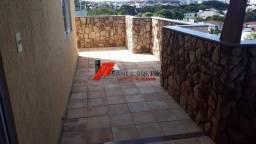 Cobertura na ilha com elevador e vista para Ibituruna