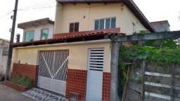 Casa tipo sobrado com 3 quartos em Vila de Abrantes, Camaçari - BA
