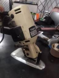 Máquina de cortar tecido YAMATA