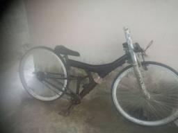 Bike rebaixada preta  vmax nova